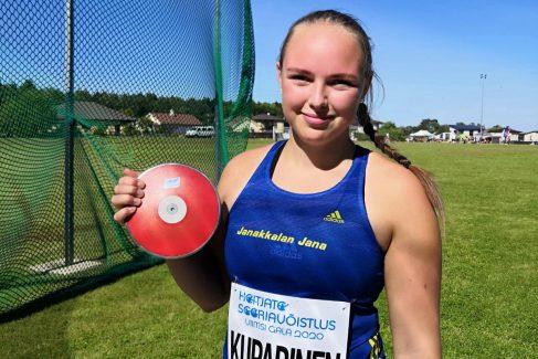 Sanni Kuparinen heitti ennätyksensä Virossa